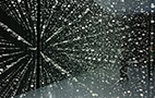 SPACE B『TIME』は整然と並ぶ地板が永遠に続くような錯覚を覚える。